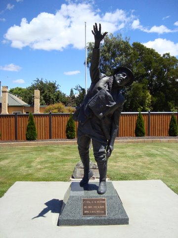The Harry Murray VC Memorial Statue