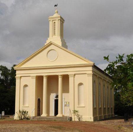 St. Andrew's Uniting (Presbyterian) Church